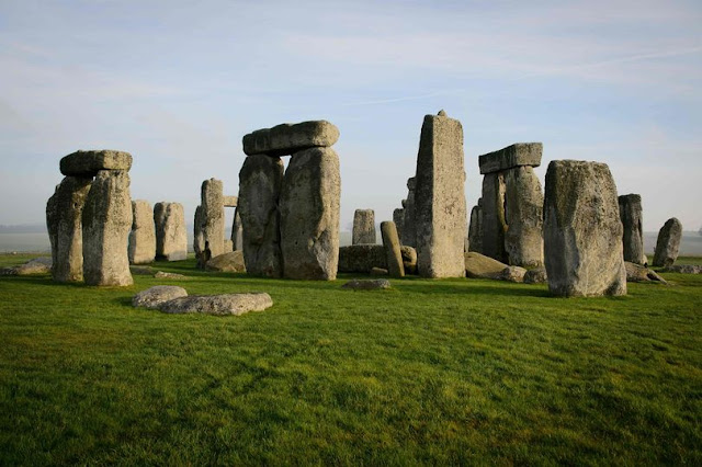 Stonehenge may have been built using pig fat