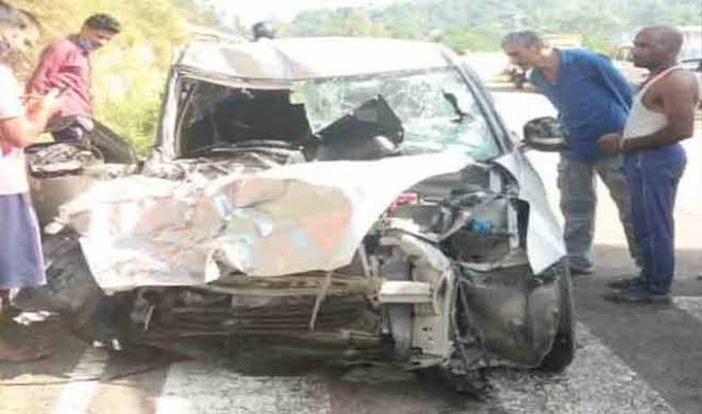 मंडी: ट्रक और कार के बीच जोरदार भिड़ंत, 1 की मौत, 2 बच्चों सहित 5 लोग घायल