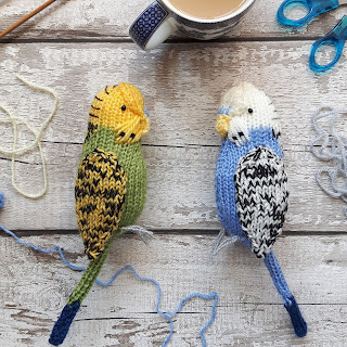 Budgie parakeet knitting kit and knitting pattern