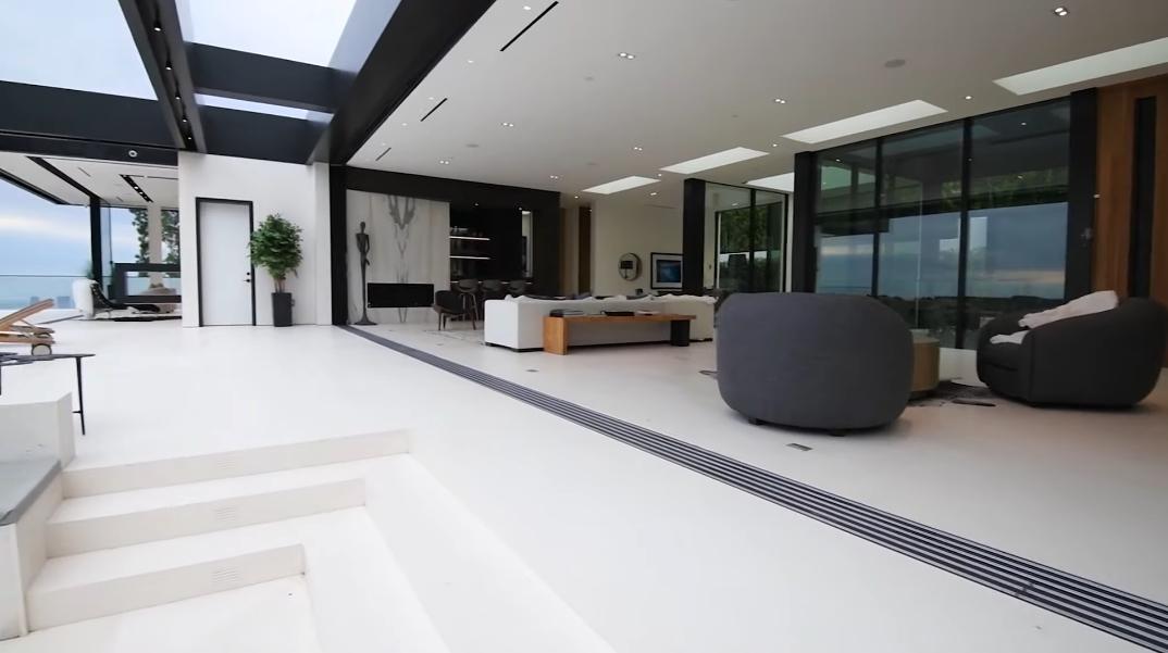 45 Interior Photos vs. Video Tour 1561 Blue Jay Way, Los Angeles, CA Ultra Luxury Modern Mansion