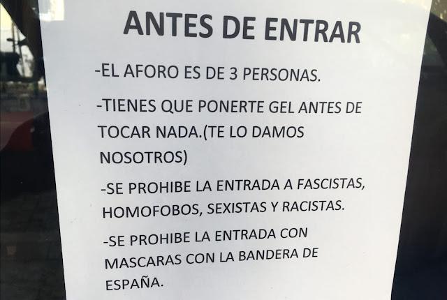 """El cartel de una tienda en Vallecas despierta las iras de los """"españoles de bien"""""""