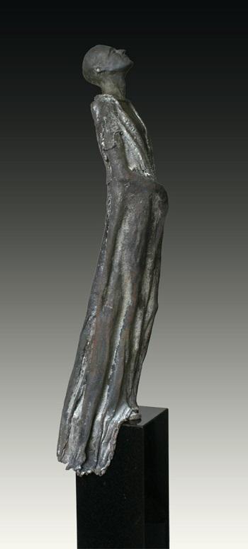 "Kieta Nuij - ""Ouranos"" | imagenes de obras de arte contemporaneo tristes, esculturas bellas chidas | figurative art, sculptures | kunst"