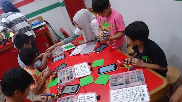 Liburan Anak di Daerah Kemang Jakarta : Bricks 4 Kidz