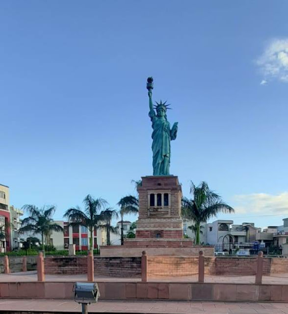 Statue of Liberty - Seven Wonders Park kota