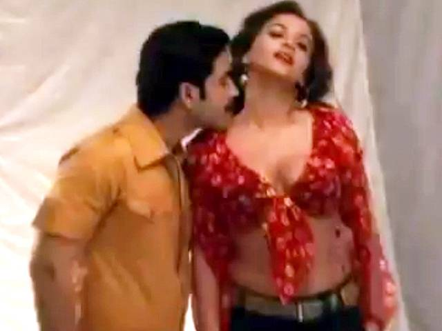 Bollywood Actress Scandals Vidya Balan Photoshoot For Movie Dirty Picture-9331