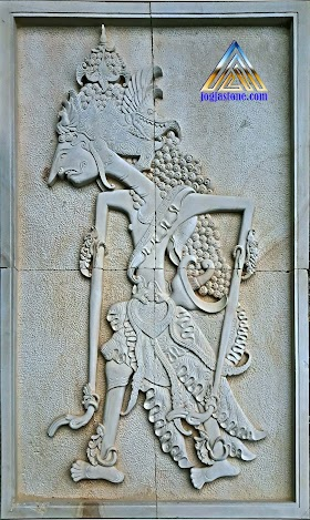Ukiran relief wayang prabu rama wijaya
