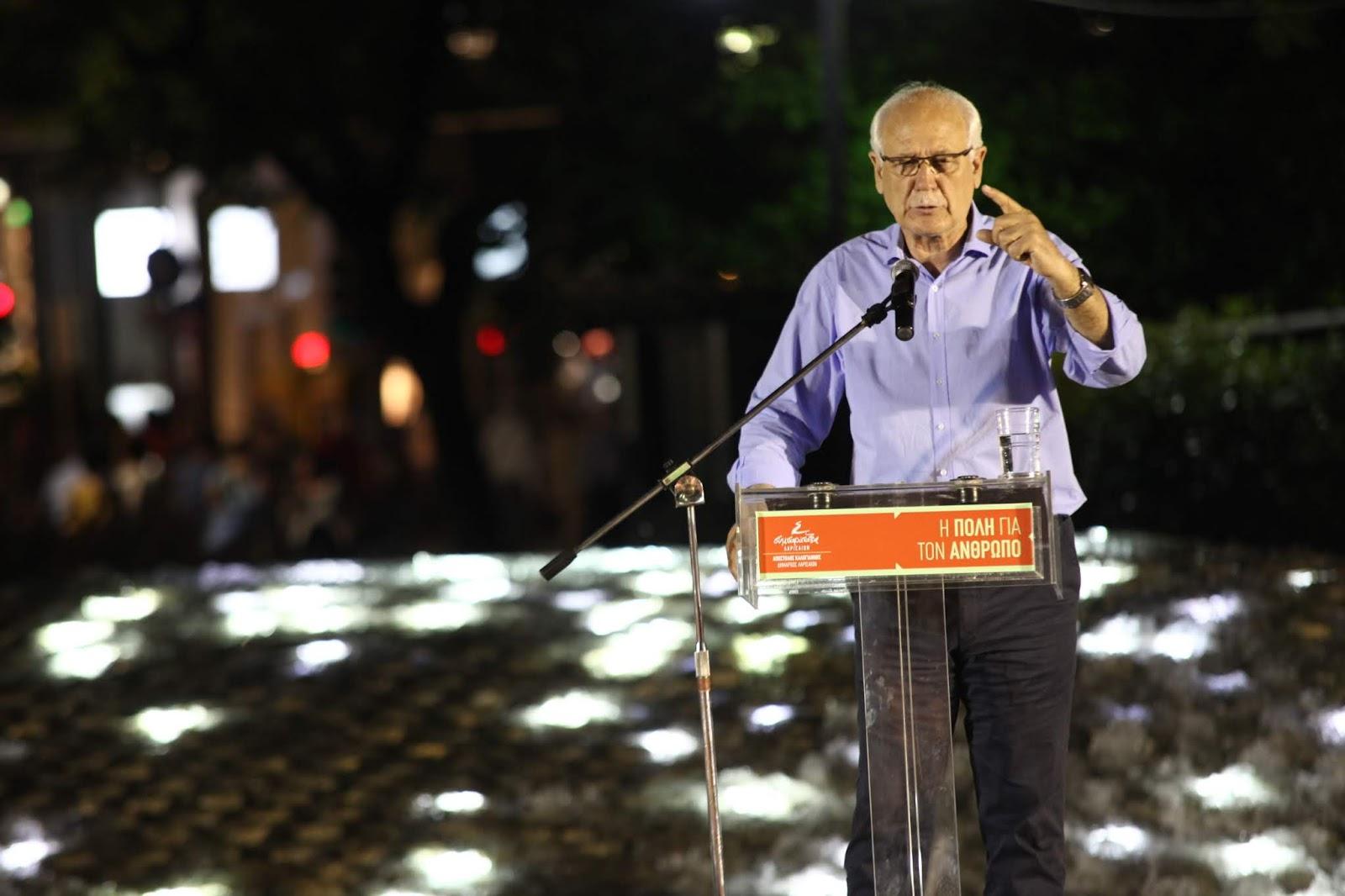 """Ο Απόστολος Καλογιάννης από την Κεντρική Πλατεία της Λάρισας: """"Δεν έχω να απολογηθώ σε κανέναν, παρά μόνο στους πολίτες της Λάρισας"""" (ΦΩΤΟ)"""