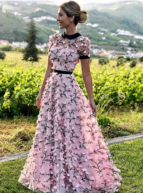 vestido de festa longo rosa de manga curta manguinha com bordado 3D