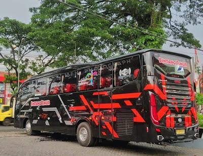 Bus Bintang Timur Evolander