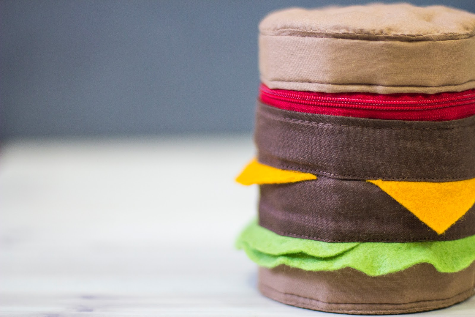 Burger Zipped Pouch DIY Tutorial