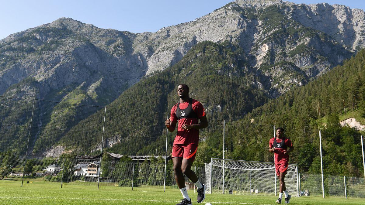Semua fans Liverpool mengatakan hal yang sama seperti reaksi Ibrahima Konate pada sesi latihan pertama The Reds - Liverpoolday