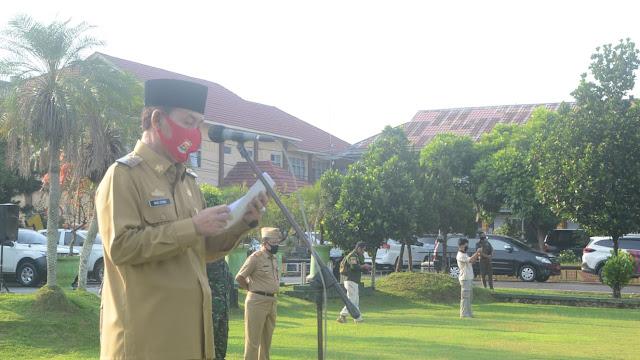 Plt. Bupati Lampung Utara H. Budi Utomo, S.E., M.M, Pimpin Apel Persiapan Kedisplinan Covid-19