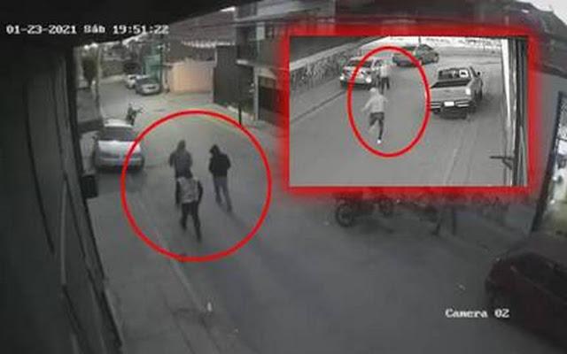 Video: Graban como llegan Sicarios a ejecutar a una familia en León; Guanajuato y como corren por que vecinos los perseguían