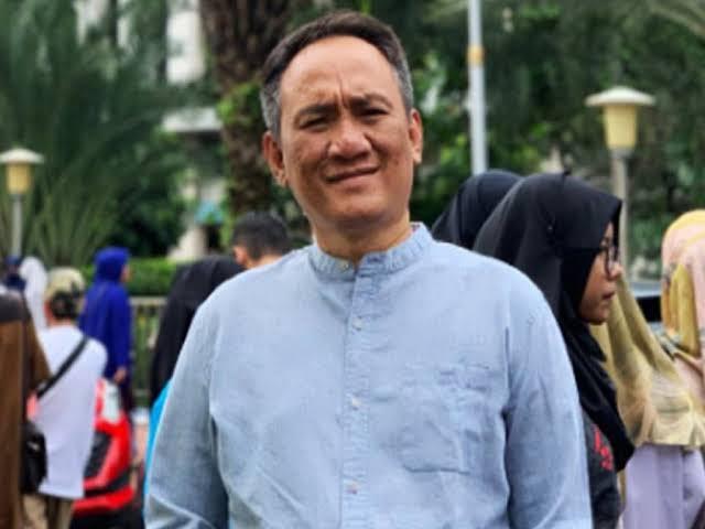 Andi Arief: Pemerintah Duga HGU Megamendung Jadi Sumber Dana HRS, Ternyata Keliru