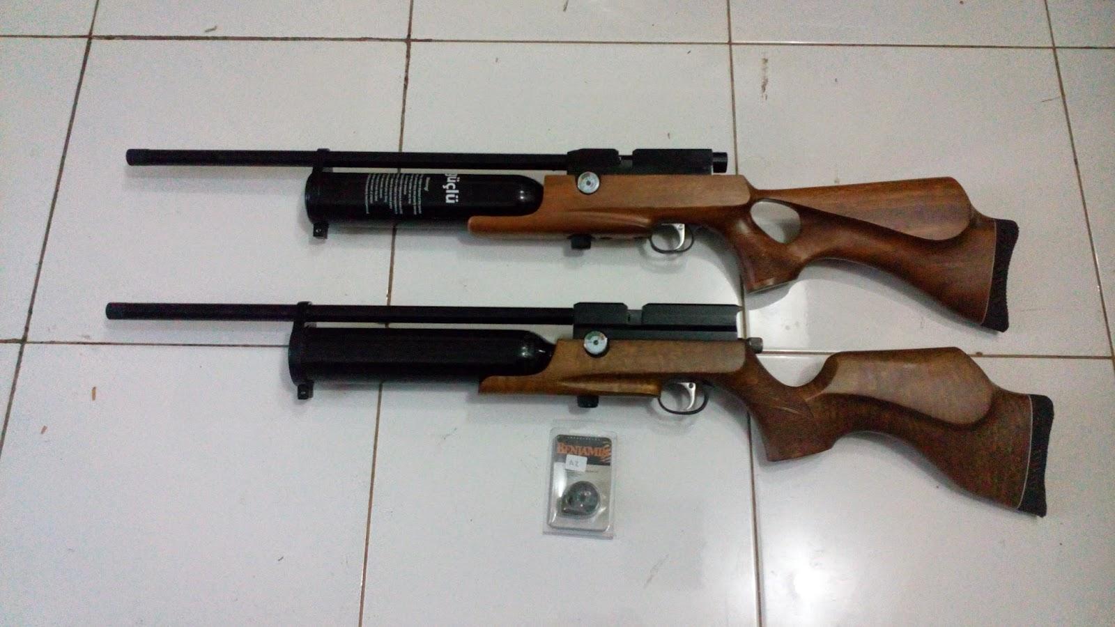 GUNS AND HOBBIES: March 2015
