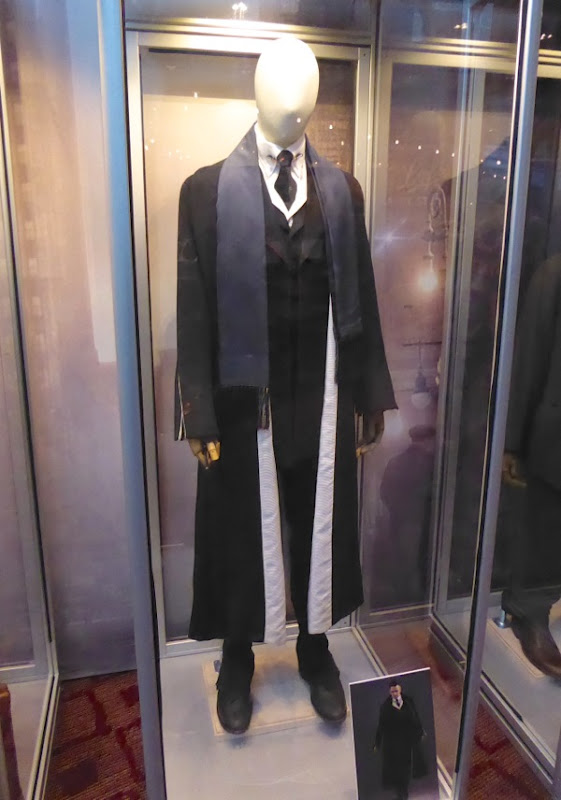 Colin Farrell Fantastic Beasts and Where to Find Them film costume