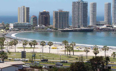 Playa Cavancha (Cavancha beach), Iquique, Chile.