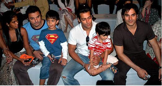 Bollywood Actor Photos: Bollywood Actors Family Photos