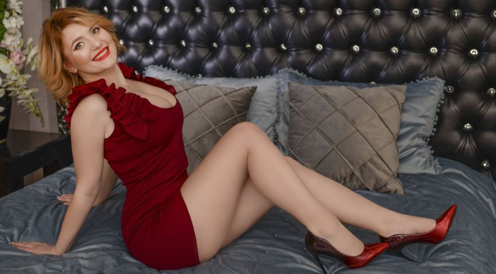 LinaPonti Model GlamourCams