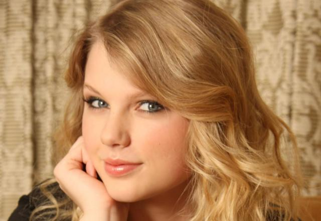 Taylor Swift - Artis Muda Hollywood Tercantik