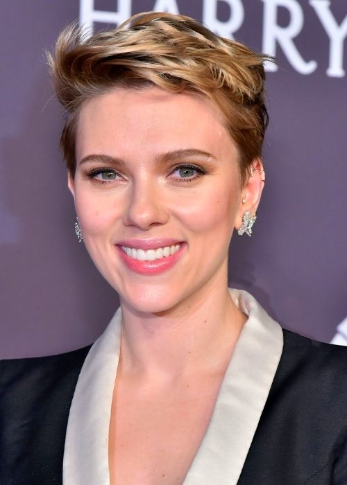 Flattering Hairstyles for Oval Face - Undercut Pixie Haircut For Oval Face