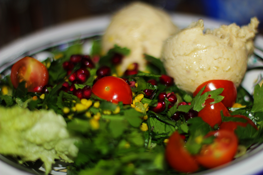 humus salad vegan