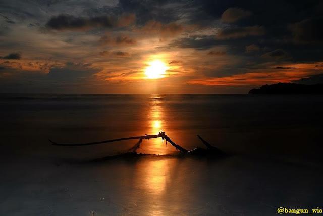 Wisata Pantai Serang Blitar