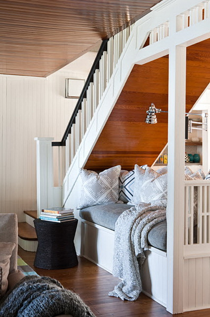 10 ideas to take advantage of the stairwell 1