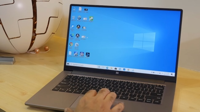 An Intel Core i5 and NVIDIA MX250 2GB GDDR5 powered Mi Notebook Horizon Edition 14 laptop.