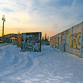 http://www.berlinica.com/the-berlin-wall-today.html