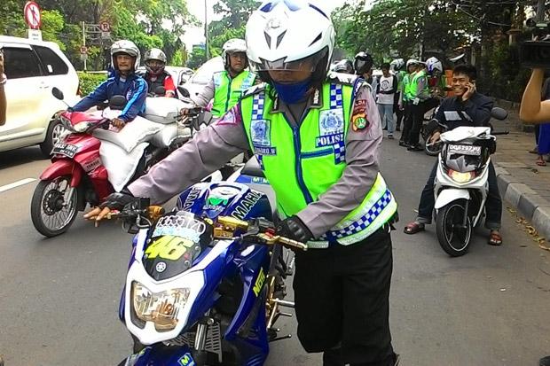 http://www.asalasah.com/2016/08/batasan-modifikasi-kendaraan-yang-aman.html
