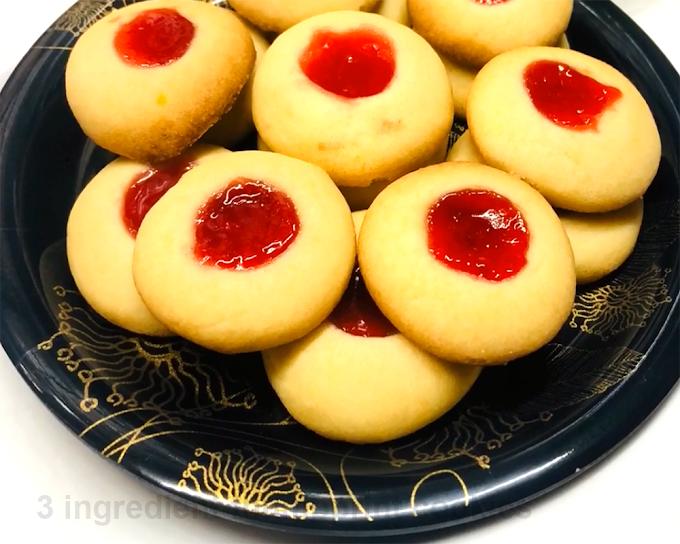 Quick & Easy | 3 ingredient thumbprint cookies