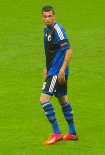 من هو كلاوديمير دى سوزا لاعب الأهلى السعودى