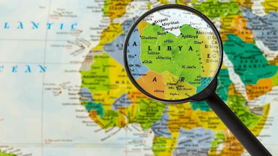 """Πρόεδρος Αλγερίας: Η χώρα ήταν έτοιμη """"να επέμβει"""" στη Λιβύη"""