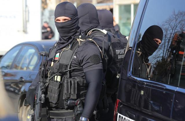 """Петима са задържани при полицейската акция в """"Орландовци"""""""