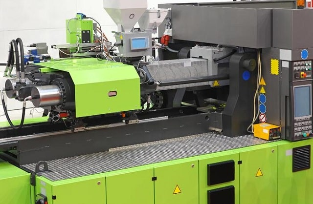 pros cons plastic injection molding manufacturing process