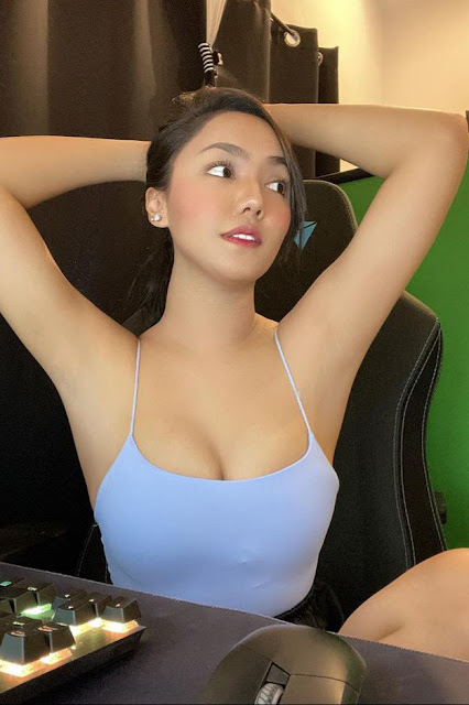 Hot and sexy tiktok videos of beautiful busty asian hottie chick Pinay booty game streamer Rara Dela Cruz video highlights on Pinays Finest sexy nude photo collection site.