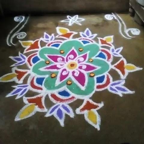 Big-flowers-with-pots-sankranthi-design