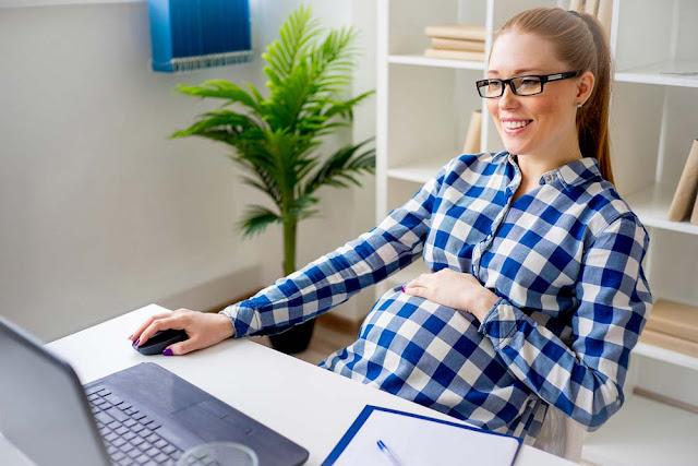 Bagaimana saya menghadapi kehamilan di tempat kerja?