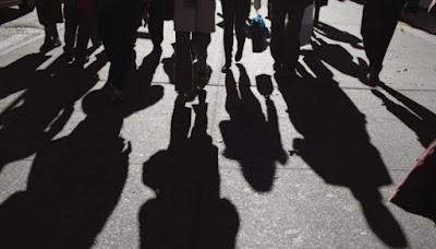Θωρακίστε τους εργασιακούς χώρους, στηρίξτε τους εργαζομένους, φωνάζουν ΣΥΡΙΖΑ και ΚΚΕ