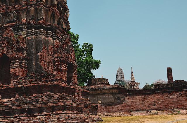Pozostałości świątyni Wat Mahathat - Ayutthaya - Tajlandia