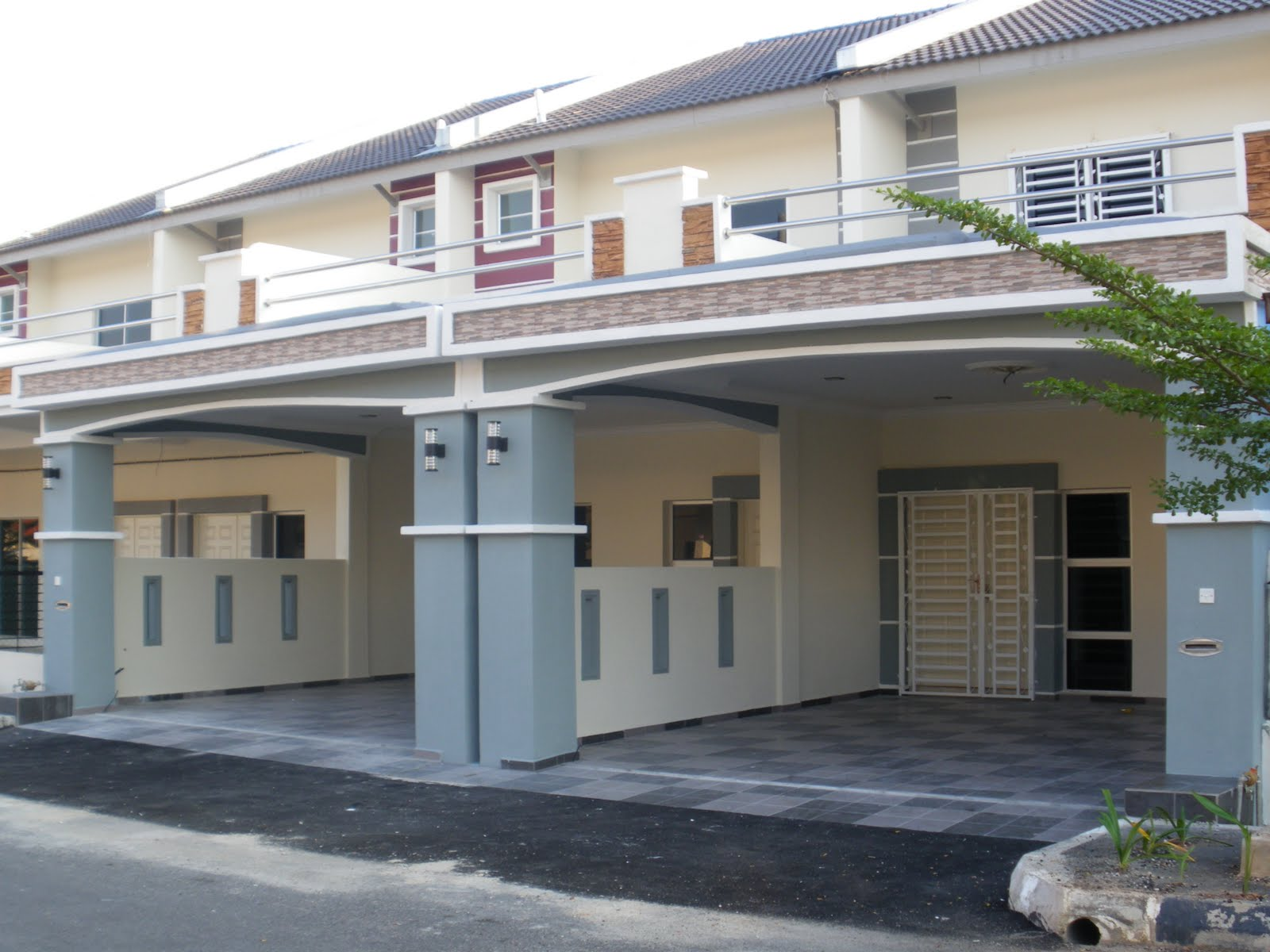 Kitchen car porch extension for Porch tiles designs for houses