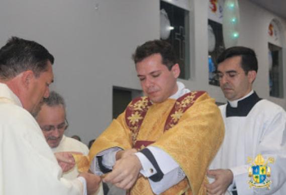 Seminarista Joelder Pinheiro  de Mata Grande/AL é ordenado Diácono