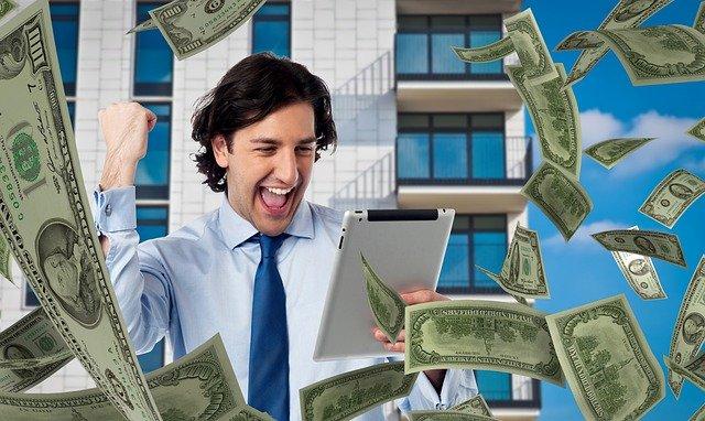 dinheiro espalhado