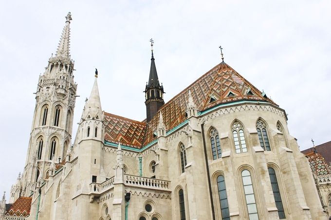 48h in Budapest: Matthias Church.Budapest sightseeing tour.Matejina crkva Budimpesta.Most beautiful gothic architecture in Europe.