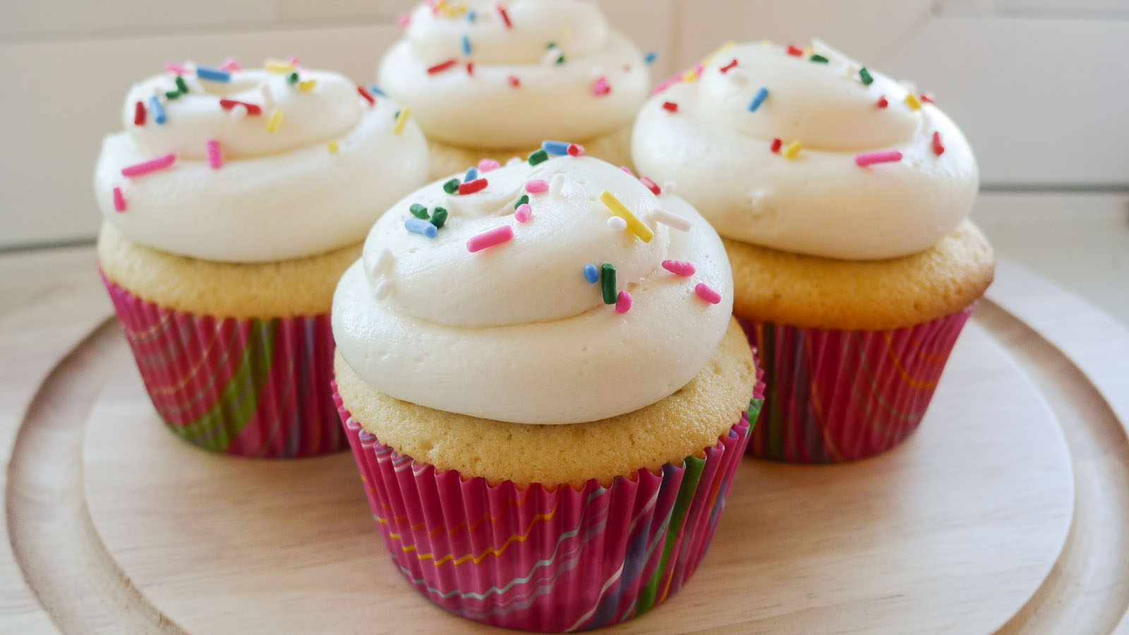 Simply Delicious : Classic Butter Cupcakes With Whipped
