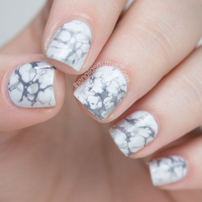 31DC2014 // White Marble Effect Nail Art
