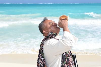 Hawaiian Wedding Minister