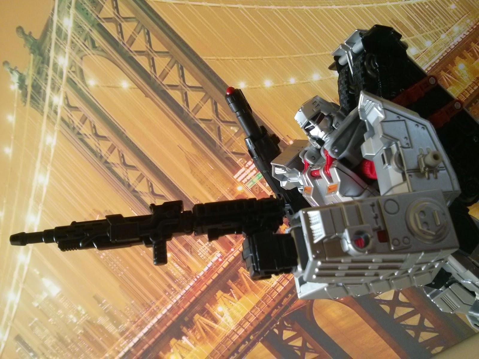 leader Megatron gun combiner wars