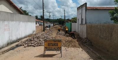 Rua Maria de Jesus tem calçamento renovado